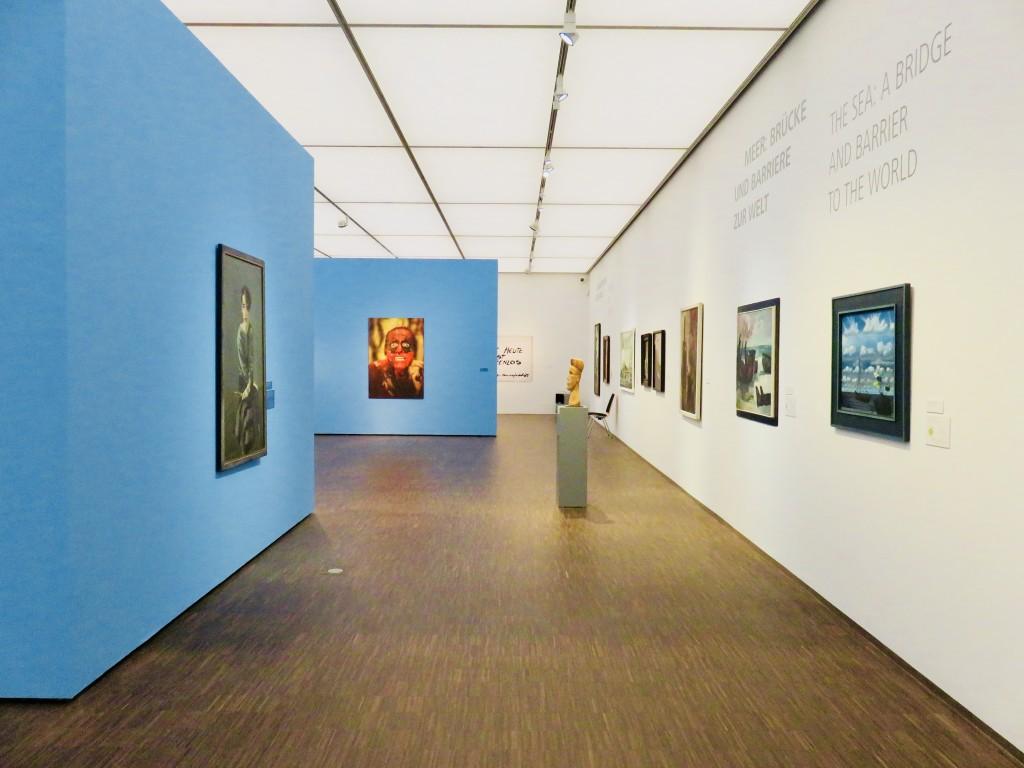 """Blick in die Ausstellung """"Hinter dem Horizont"""" im Staatlichen Museum Schwerin"""